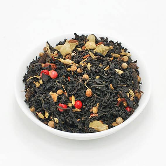 μαύρο τσαι με μπαχαρικά